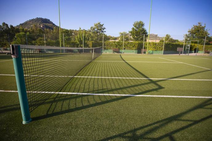 Campo Tennis albergo a Costa Rei Cagliari
