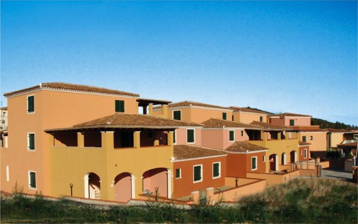 Esterni Appartamenti Ginestre e Oleandri a Orosei