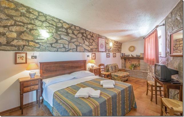 Residenza Podere appartamento-vacanza camera matrimoniale Magione-Perugia