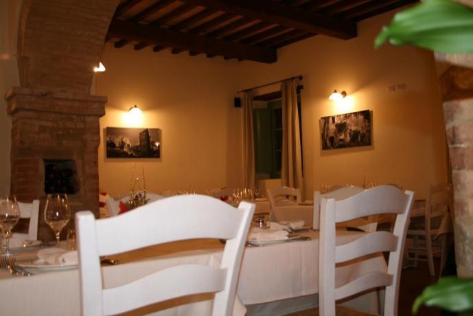 Resort a Valtopina con sala ristorante