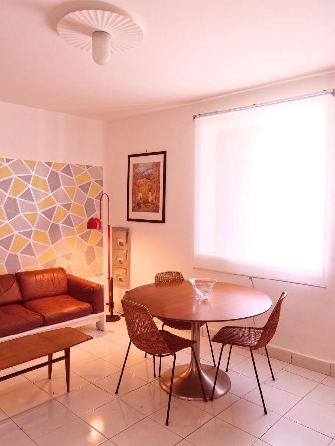 Vacanze a Palermo casa per2 persone con soggiorno