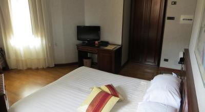 Camere confortevoli ideali per coppie a Todi