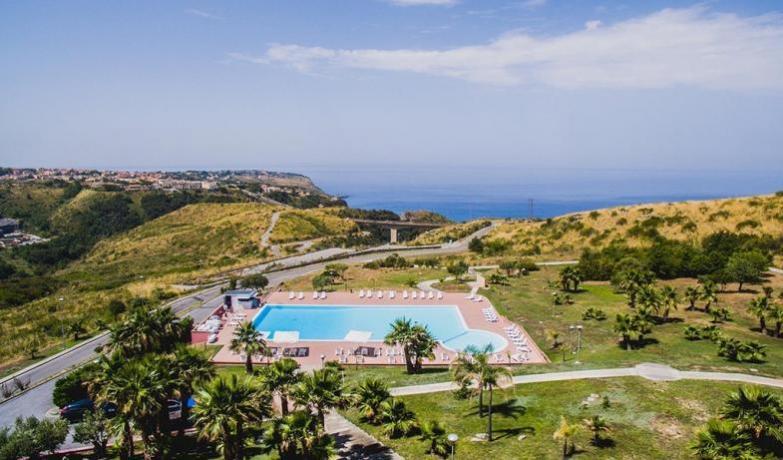 Arcella Village con Piscina-Praia a Mare e Diamante