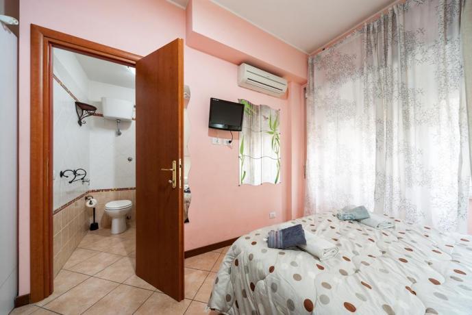 Appartamento climatizzato con bagno privato a Roma