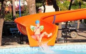 Villaggio a Scalea con 4 piscine