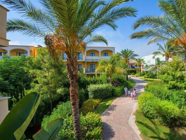 Sicilia  SERENUSA VILLAGE Hotel villaggio 4 stelle