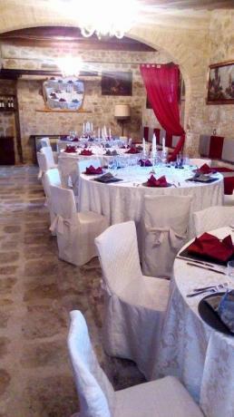 Agriturismo a Valfabbrica con sala ristorante
