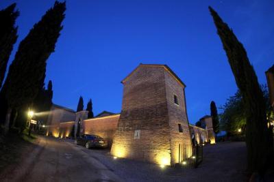 Romantico Castello 4 stelle Asciano