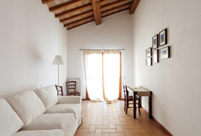 Appartamento Terni con divano letto per due