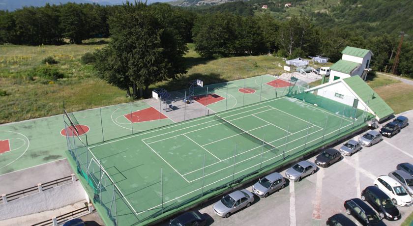 Hotel in Abruzzo con Campi da Tennis