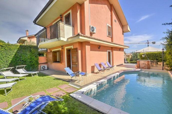Villa a Trecastagni con giardino e piscina