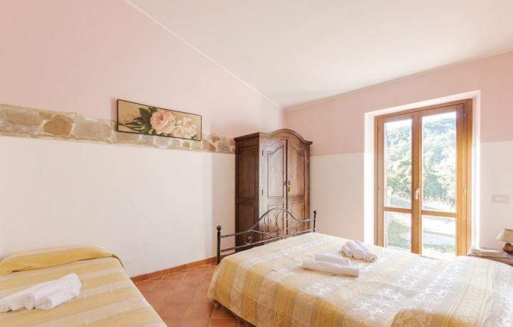 Appartamento Vacanza Trilo 5/7 camera accesso giardino