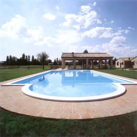 Casale con piscina ideale per Bambini Giardino Ospedalicchio
