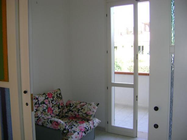 Appartamenti con balcone vista giardino in Puglia
