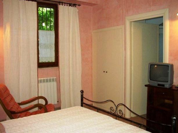 Casale a Rieti Appartamenti con Terrazzo
