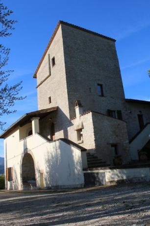 Agriturismo in Valnerina torre medievale