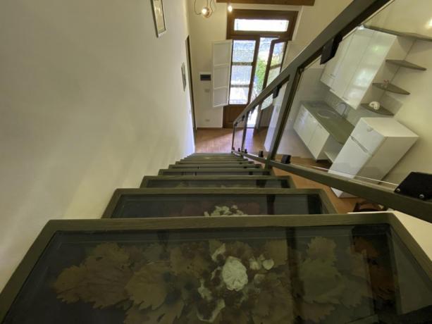 IsolaMaggiore- Scale appartamento in Umbria vicino LagoTrasimeno