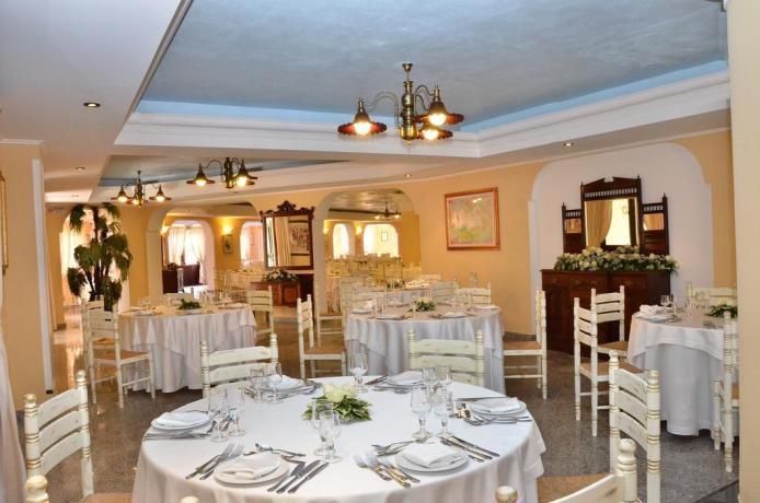 Sala per cerimonie Resort a Orosei in Sardegna