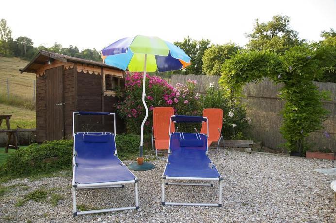 B&B Montone lettini prendisole e ombrelloni