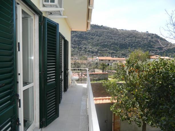 Balcone sugli agrumi a Sant'Agnello vicino Sorrento