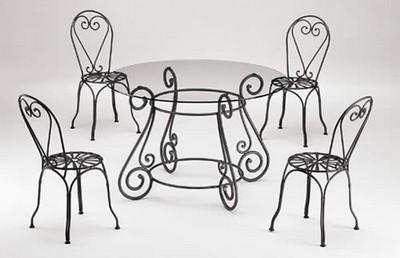 Tavolo con sedie in ferro battuto produzione vendita - Tavolo ferro battuto e vetro ...