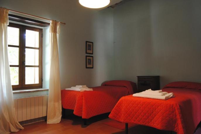 Camera doppia con letti singoli Agriturismo a Perugia