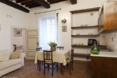 Appartamento Tordo, soggiorno con angolo cottura
