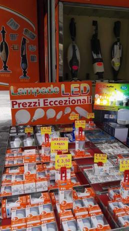 Lampade a Led vendita a: Perugia-BastiaUmbra-Marsciano-Gubbio-GualdoTadino