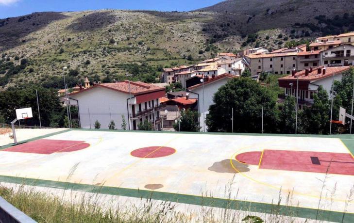 Campo Regolamentare Pallacanestro-Basket Hotel Ritiri Sportivi Abruzzo