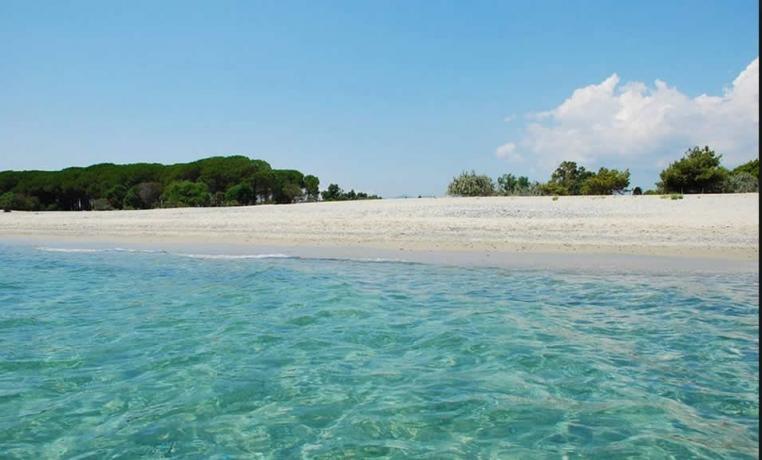 Villaggio direttamente sulle spiagge del Mar Ionio