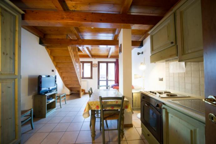 Appartamento-bilocale soppalcato 4-5persone tv e divano-letto Bardonecchia