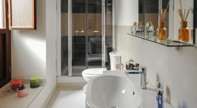 Bagno in Camera con ampia doccia