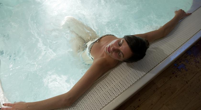 Idromassaggio in hotel - Centro benessere relax Folgaria
