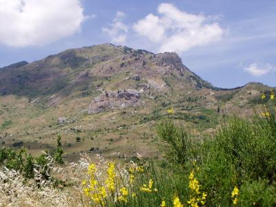 Parco delle Madonie visitabile soggiornando Masseria4Stelle Valledolmo