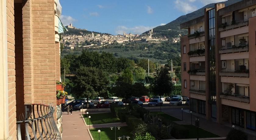 Camera con Bagno, vista Assisi