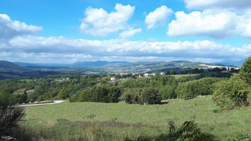 Vista panoramica dal Casale Bio Tadino