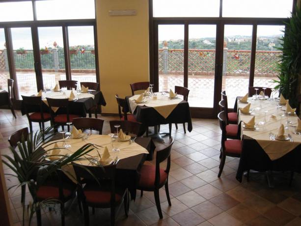 Ristorante in Hotel 4 stelle S.Agata Sicilia