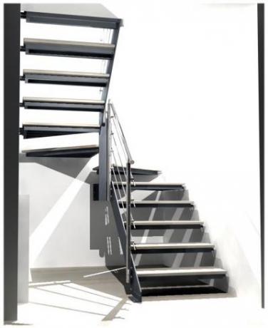 scala in ferro gradino in marmo parapetto inox