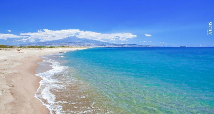 Resort con Servizio Spiaggia sulla Playa di Catania