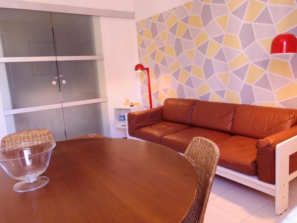 Affitto-casa-vacanze Palermo centro con Tavolo-da-Pranzo