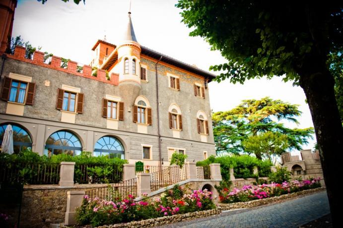 Esterno villa 5 stelle Perugia