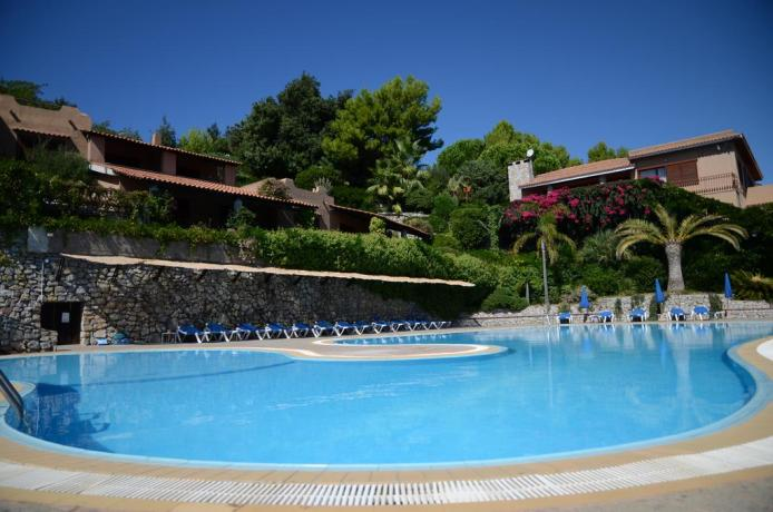 Relax a Palinuro in Residence con piscina