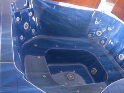 Vendita Mini piscina idromassaggio con acqua riscaldata.