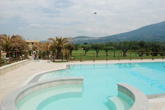 Ristorante, Piscina, Calcetto, Volley - Agri - Residence Assisi