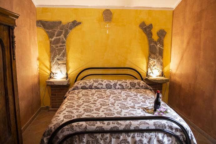 Camera Matrimoniale con bagno privato Gubbio