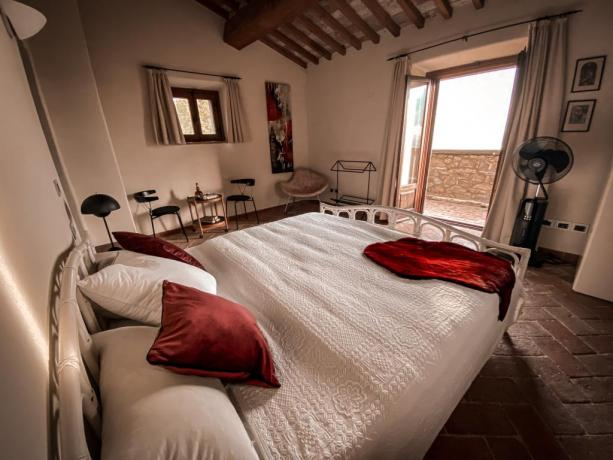 Romantica camera matrimoniale villa Lago Trasimeno