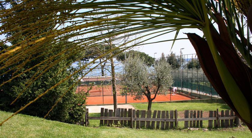 Campi da tennis dell'Hotel Benessere a Bracciano