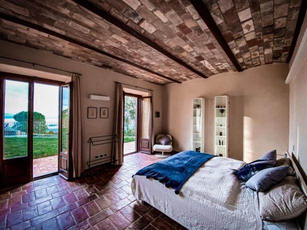 Villa vacanze camera matrimoniale Lago Trasimeno
