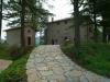 Resort a Gubbio. Vista dal verde parco interno