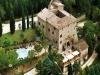 castello-medievale-assisi-piscina
